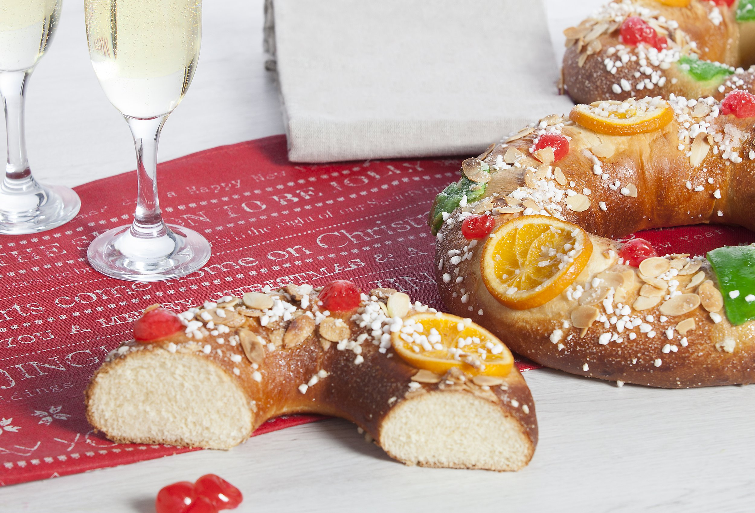 Three King & Festive Pastry Rings of Pastisart